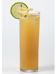 7 Ways to Give Your Summer Cocktail the Skinny