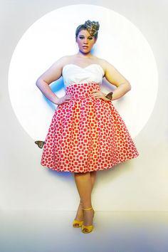 curvy, plus size, curves, real women, plus size fashionistas