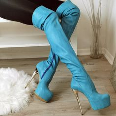 Big size females's shoes used to be extremely hard to find. Lots of women would need to locate expert shops and wait on orders for their size. Nevertheless, Larger feet are no longer thought about to be irregular as they when were. Black Heel Boots, Thigh High Boots, High Heel Boots, Over The Knee Boots, Heeled Boots, Shoe Boots, Fur Boots, Platform Boots, Hot High Heels