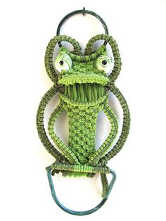 Green Frog Macrame Wall Hanging by worldvintage on Etsy, $22.00