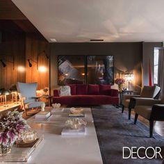 """Ambiente """"Ar Deco"""", assinado pela designer de interiores Ana Hnszel e pelo arquiteto Marcelo Polido para a Casa Cor RS apresenta na decoração que remetem a década de 1960."""
