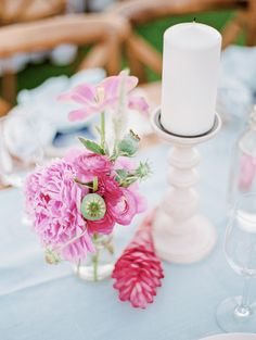 Design and Florals: Jacin Fitzgerald.  Photos: Cocotran Paper and invites: Tie That Binds