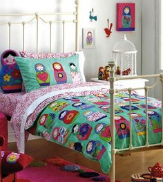 babushka room set! Oh how I'd love to redo Alyssa's room like this!!