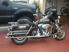 2006 Electraglide Classic with tourpac off at the moment.