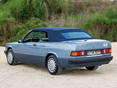 Mercedes-Benz convertible prototype that never made it into production Mercedes Benz Maybach, Mercedes 190, Classic Mercedes, Convertible, Audi 200, Daimler Benz, Classy Cars, Concept Cars, Cool Cars