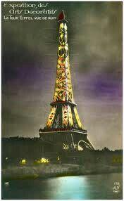 Torre Eifel decorada Art Deco