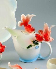 Goldfish tea pot