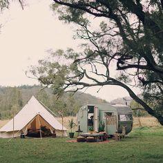 Intimte glamping elopement - bell tent and vintage caravan