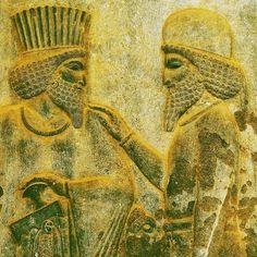 Persepolis Fars  Iran Symbol of art  architecture and culture of ancient Iran 2500 years ago تخت جمشید (پارسه) فارس  ایران نماد هنر  معماری و فرهنگ ایران باستان دوهزار و پانصد سال قبل   photo by : @raphthyr  #persepolis#persia#mustseeshiraz#iran#history#shiraz#parse#irantourist#darius#cyrus_the_great#mustseeiran#achaemenid#irantravel#ancientiran#worldheritage#farvaha#thaktejamshid by iran_persepolis