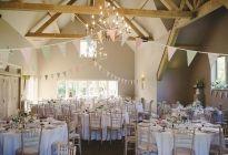 Hyde Barn - Oxfordshire & Gloucestershire Wedding Barn