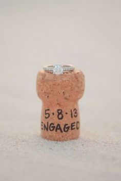 unique engagement photo ideas with wedding rings