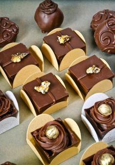 Caixinha de chocolate belga com creme de gianduia,
