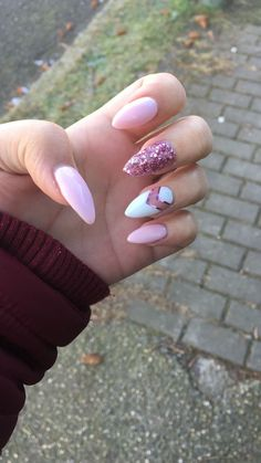 Potsdam, Nagelstudio Nagelkunst Nora Jay Nail Art nora k nail art Fabulous Nails, Perfect Nails, Gorgeous Nails, Fancy Nails, Cute Nails, Pretty Nails, Best Acrylic Nails, Nails 2018, Holographic Nails