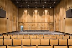 Auditorium de Bondy - Salle en acoustique naturelle © 11h45 / PARC Architectes