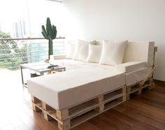 DIY sofa. Sofá DIY. Pallets