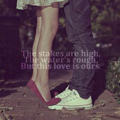 AAAAHHHH!!!!! girl in a dress with red shoes. boy in jeans and white converse. Haylor anyone?? ;) <3