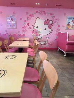Hello Kitty Cafe Myeongdong 28, Myeongdong 4-gil, Jung-gu, Seoul, Korea