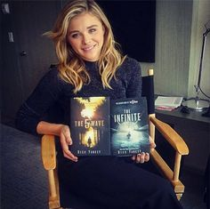 Chloe Moretz who will be playing Cassie Sullivan in the with the first two books in the series The 5th Wave Book, The 5th Wave Movie, The 5th Wave Series, The Fifth Wave, It Movie Cast, I Movie, Movies Showing, Movies And Tv Shows, The Last Star