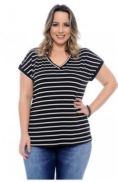 9fd440ac5f Blusa plus size t-shirt confeccionada em malha viscolycra listrada.  Modelagem soltinha. Decote