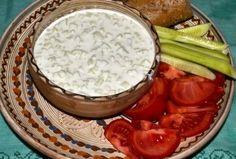 #reteta Tzatziki Tzatziki, Camembert Cheese, Salad Recipes, Hamburger, Food, Recipes For Salads, Meals, Yemek, Hamburgers