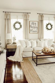 Looking for for inspiration for farmhouse living room? Browse around this site for very best farmhouse living room ideas. This amazing farmhouse living room ideas seems completely wonderful. Living Room Designs, Living Spaces, Living Area, Living Room Inspiration, Christmas Home, Christmas Windows, Interior Design, Room Interior, Farmhouse Curtains
