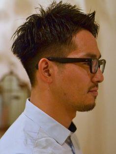 オシャレなオトコのツーブロック Beauty Box, Hair Beauty, Asian Men Hairstyle, Man Hair, Silver Foxes, Hair Inspiration, Japan, Glasses, Hair Styles