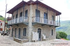 Panoramio is no longer available Mansions, House Styles, Home Decor, Decoration Home, Manor Houses, Room Decor, Villas, Mansion, Home Interior Design