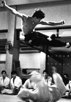 Kong Fu, Bruce LEE