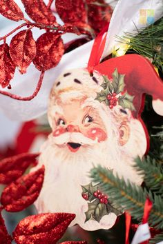 #santa #ornament #redandwhite #redandgreen #redchristmasdecor #greenchristmasdecor #whitechristmasdecor #christmas #christmastime #christmasseason #christmasvibes #christmasspirit #christmasdecorating #christmasdecor #christmasdecorations #christmashome #christmasinspiration #christmasinspo #vermeersgardencentre
