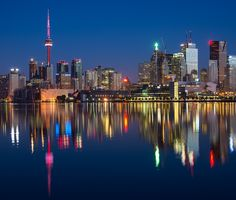 Toronto is the largest city in canada and the provincial of ontario. Torre Cn, Montreal Vacation, Vancouver Vacation, Seaworld Orlando, Volontariat International, Visitar Canada, Beto Carrero World, Disney Springs, Toronto Island