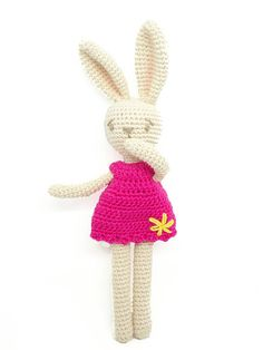 Camomille mon lapin adoré / poupée lapin /poupée fait main / bunny doll / crocheted doll / hand made doll