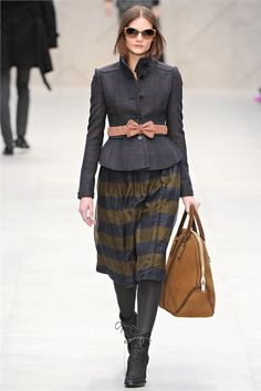 #moda Photos and comments to know the collection, the outfits and accessories of Burberry Prorsum presented for Fall Winter 2012-13