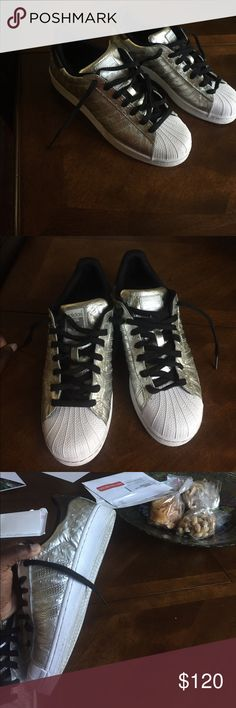 Adidas shell toes Barely worn Adidas Shoes Sneakers