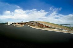 DAB510 PROJECT LOG: exemplar: built form an extension of the natural landscape.