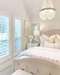 Glam Bedroom, Room Design Bedroom, Girl Bedroom Designs, Stylish Bedroom, Room Ideas Bedroom, Home Decor Bedroom, Classy Bedroom Ideas, Classy Teen Bedroom, Bedroom Decor Elegant