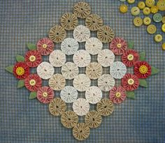 Knot Garden: Leaves and Buttons