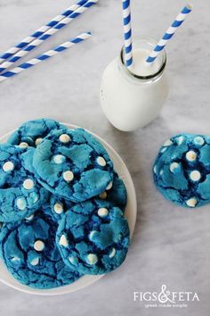 Blue Velvet White Chocolate Chip Cookies | figsandfeta.com