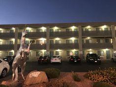 Las Vegas Hotel Reservations: Highland Inn Las Vegas