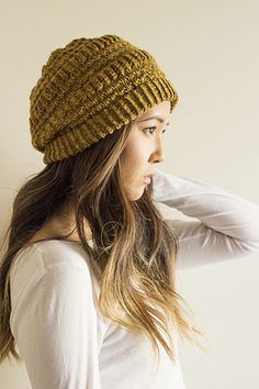Texture and drape make this little trendy little slouch a fun and comfortable knit.