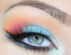 Joli maquillage coloré d'été