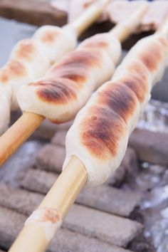 Rolling Pin, Pain, Japanese Food, Hot Dog Buns, Picnic, Rolls, Dishes, Chicken, Vegetables