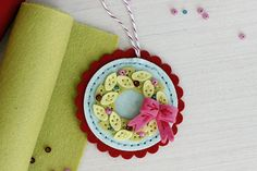 Felt Wreath Ornament by Erin Lincoln for Papertrey Ink (November 2015)
