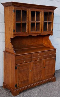 BEAUTIFUL ETHAN ALLEN TWO PIECE HUTCH !