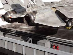 USS Enterprise, CVN-65/F-14A 1/32