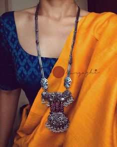 Shop All The Trending Silver Antique Necklace Sets Here South India Jewels Indian Fashion Dresses, Indian Designer Outfits, Indian Outfits, Trendy Sarees, Stylish Sarees, Saree Blouse Patterns, Saree Blouse Designs, Cotton Saree Designs, Saree Jewellery