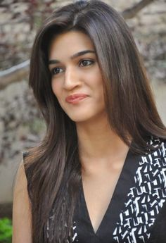 Kriti Sanon Gorgeous Photo #KritiSanon #FoundPix #Bollywood