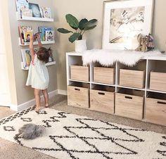 Cute And Simple Toy Rooms cute Simple Playroom Furniture, Playroom Decor, Playroom Ideas, Baby Playroom, Playroom Design, Kids Room Design, Bookshelves Kids, Bookshelf Diy, Playroom Organization
