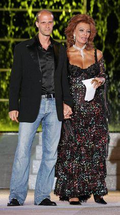 Sophia Loren Photos Photos - Screen legend Sophia Loren, accompanied by son Edoardo Ponti appears on Italian television special. - Edoardo Ponti in Naples