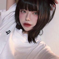 Korean Girl, Asian Girl, Korea Makeup, Grunge Girl, Aesthetic Makeup, Layered Hair, Ulzzang Girl, Pretty Face, Girly