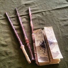 Crafts & DIY Projects|Make A Harry Potter Wand Out Of Paper And A Hot Glue Gun|Now that Harry Potter fever is upon us once more, I thought you would like to have a go at making some really nice Harry Potter Wands.|By:Kaptain Scarlet/Halloween|Source:instructables.com|--I think this is such a wonderfully clever project for any age person to make. I'm not a huge Harry Potter fan, and I even want to make one.